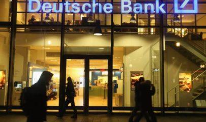 WSJ Says Deutsche Bank Loses 1.6 Billion on a Single Trade Involving Warren Buffett